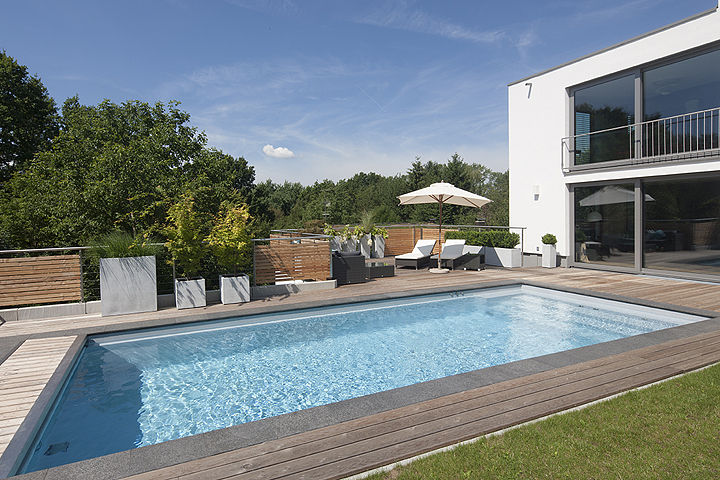 schwimmbad und saunen page 640. Black Bedroom Furniture Sets. Home Design Ideas